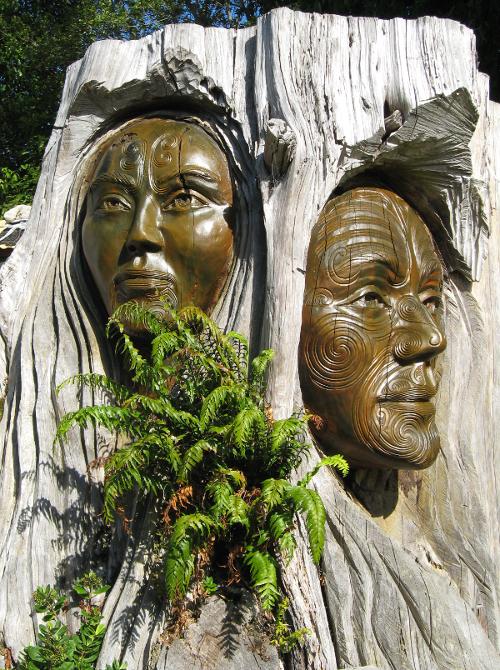 Maori sculpture in Aotearoa.